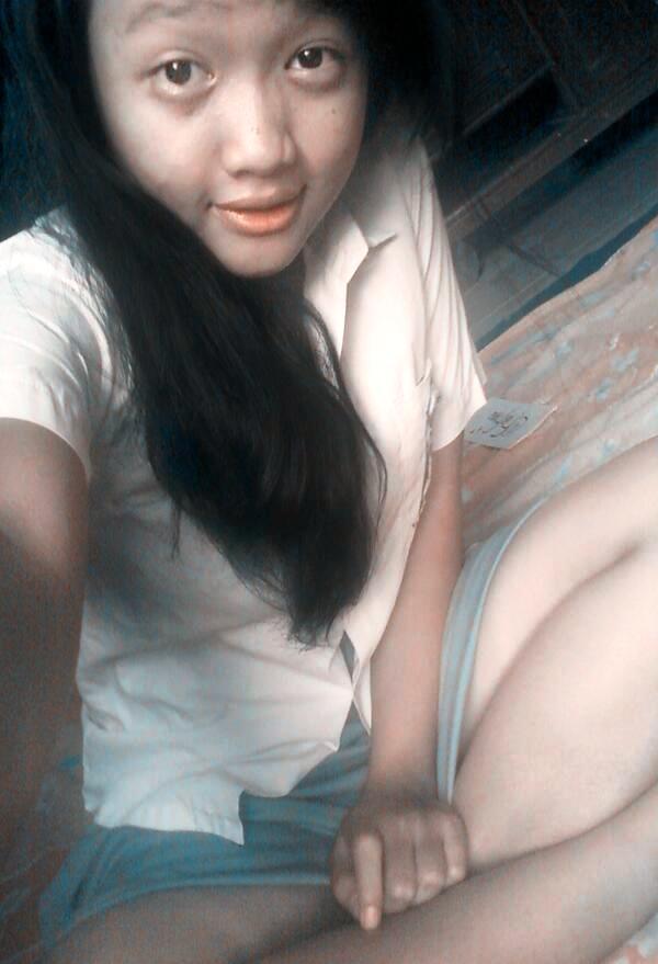 Foto_Anak_SMU_Bugil_2.